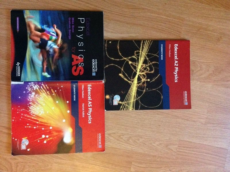 Edexcel Physics AS and A2 Books INCLUDING ALL CDS