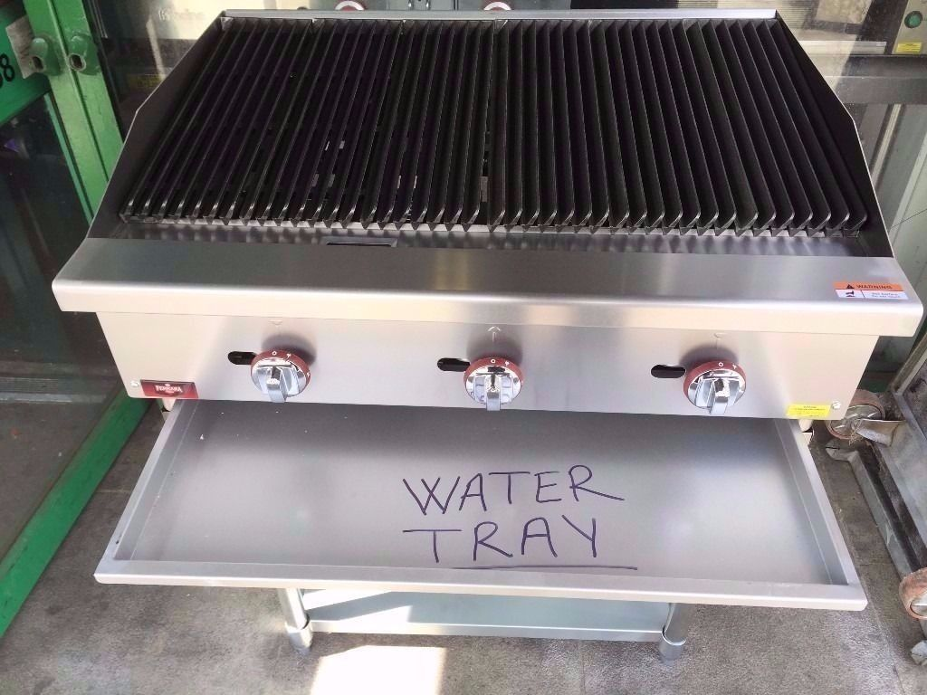 COMMERCIAL VERY NEW UNTOUCHED FLAME CHARCOAL GRILL FOR PERI PERI CHICKEN DONER KEBAB CUISINE DINING