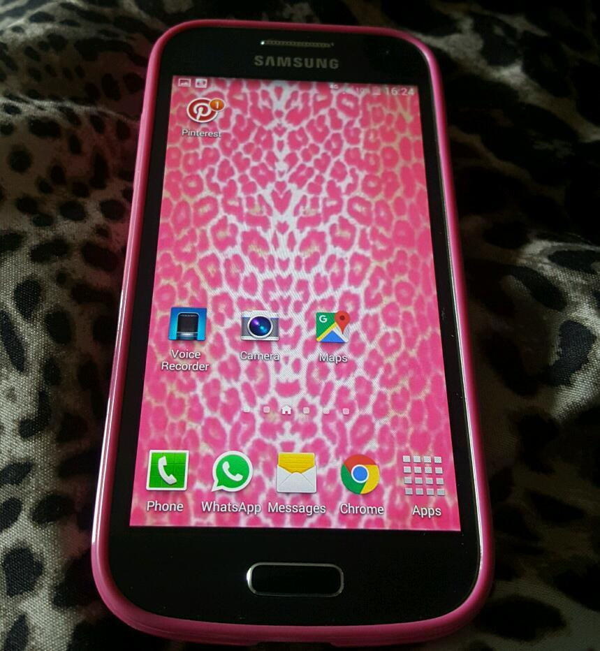 Samsung s4 mini excellent condition used for 2 weeks only