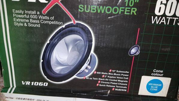 "Subwoofer vrx 600w 10"" x 2 bnib offers swaps welcome"