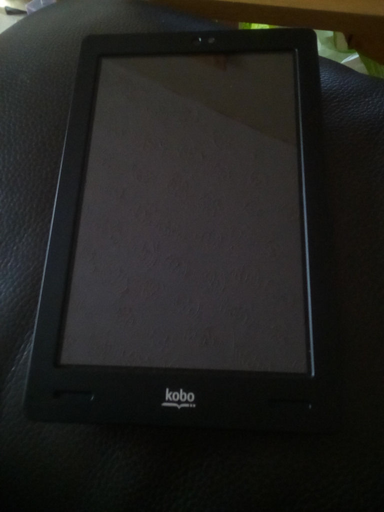 must go now FOR SPARES OR REPAIRS kobo atc touch k107 batteries no working