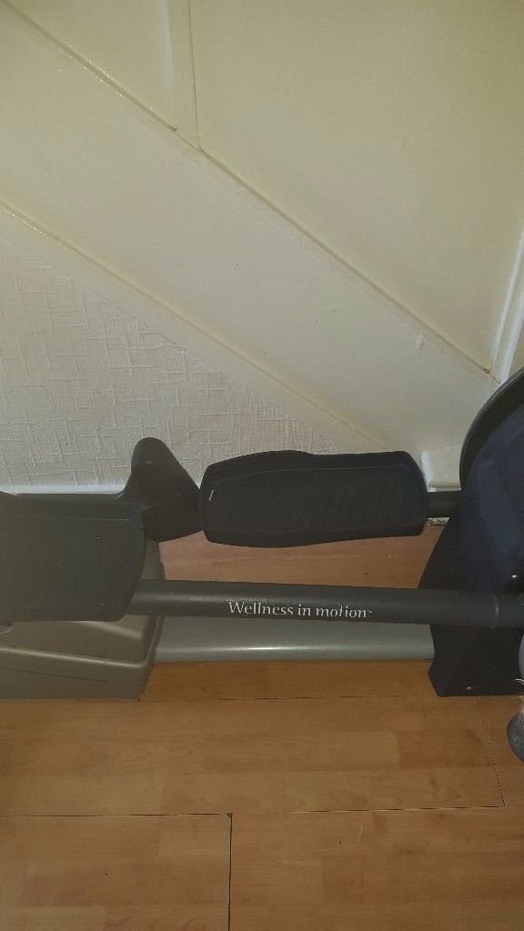 Techno gym cross trainer excite 700