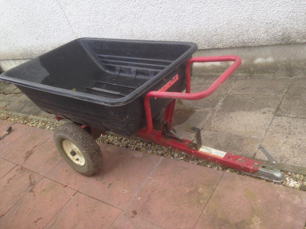 Farm yard tipper trailer