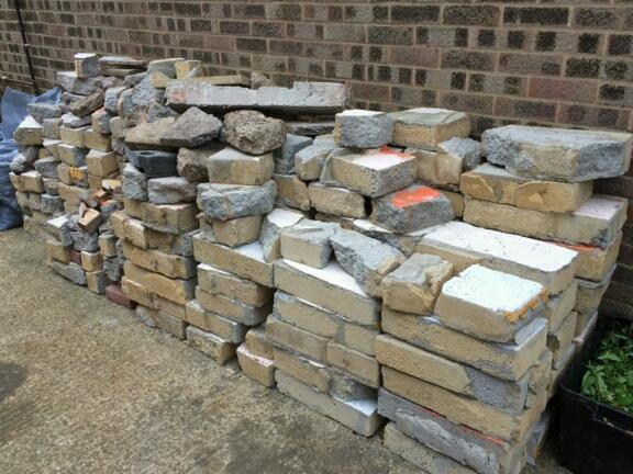 Free blocks and rubble