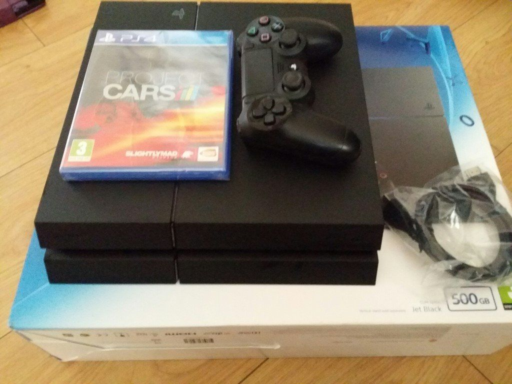 Boxed PS4 + Game