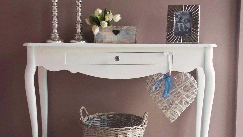 Wooden console table for sale. Brand new