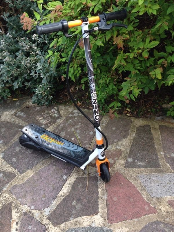 Electric volt 120 scooter (like new)