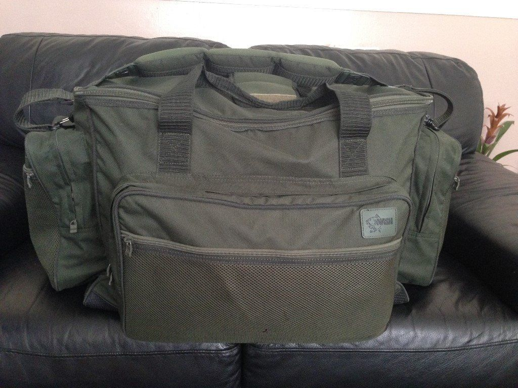 massive nash carp fishing holdall/bag swap black ops rucksake will give give cash