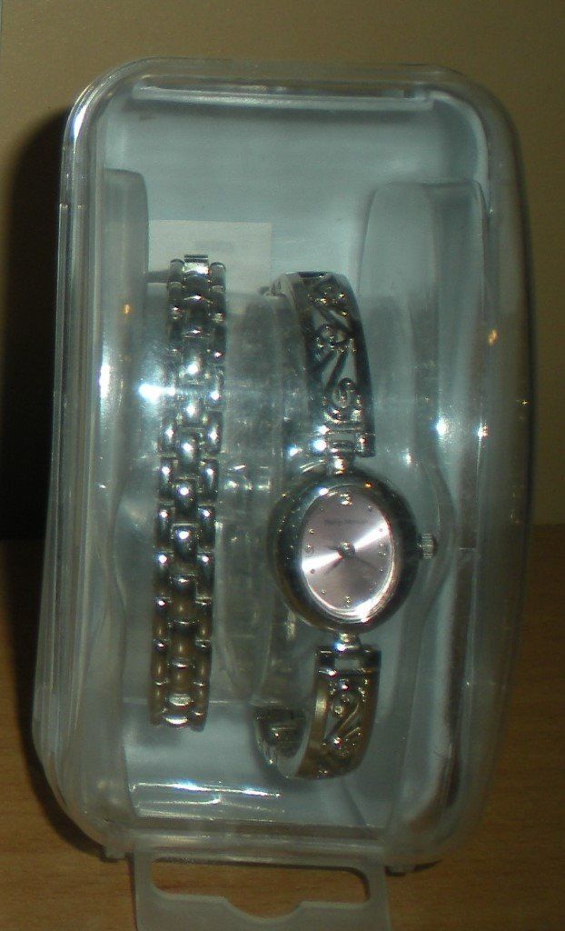 Girls Watch and Braclet Set