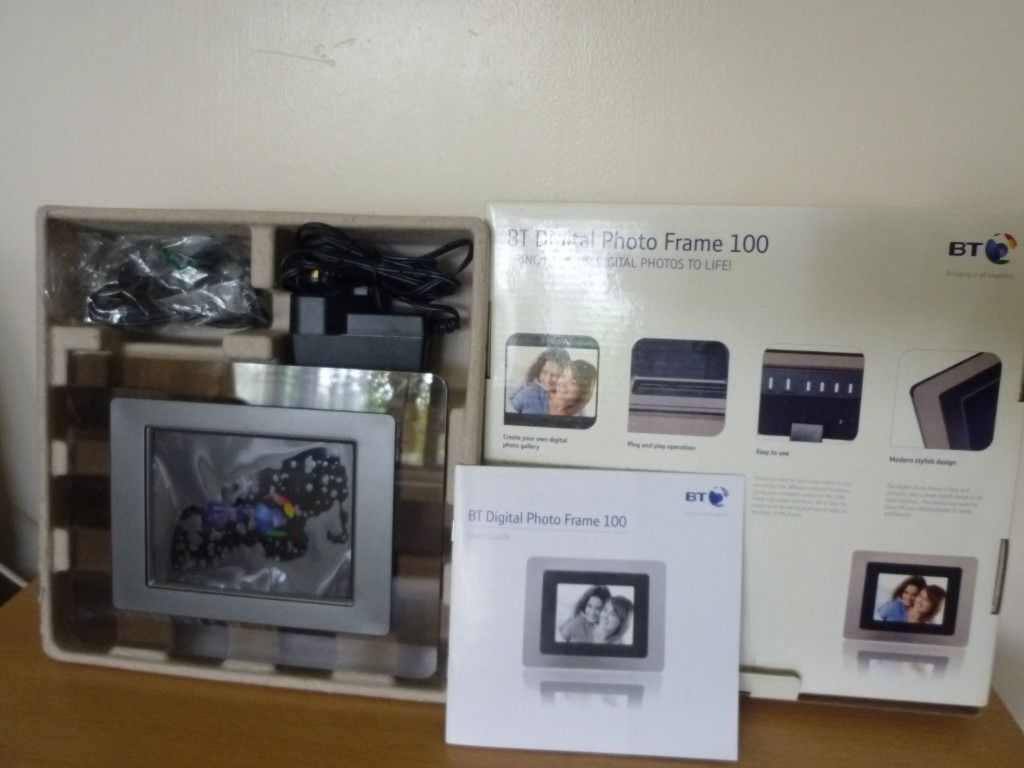"BT Digital Photo Frame 100 (5.6"") - New, excellent with original box."