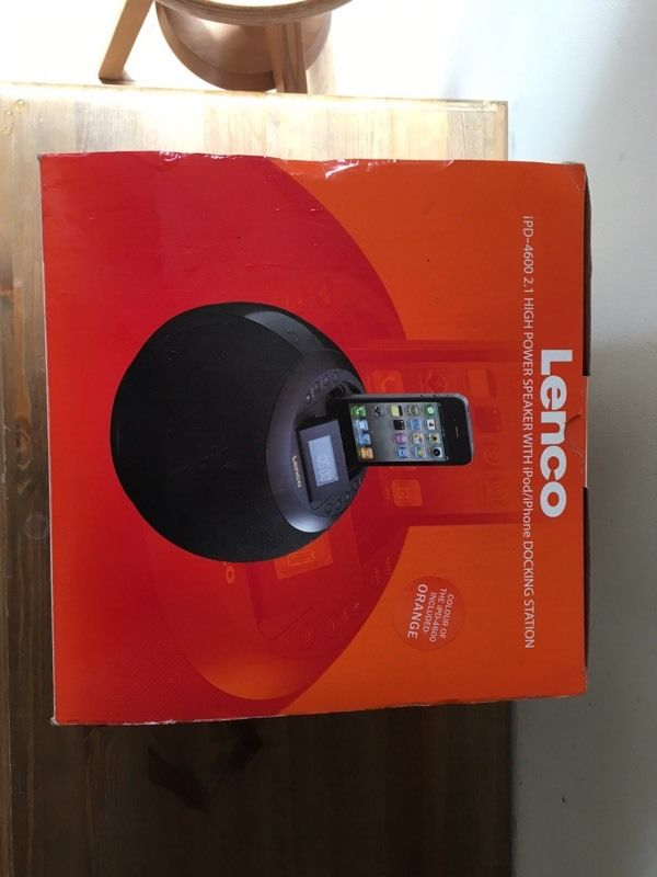 Lenco iPod iPhone speaker