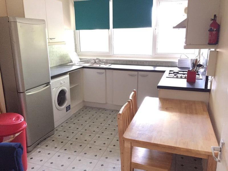 Amazing twin room available in archway just 165 pw no fees 2 weeks deposit