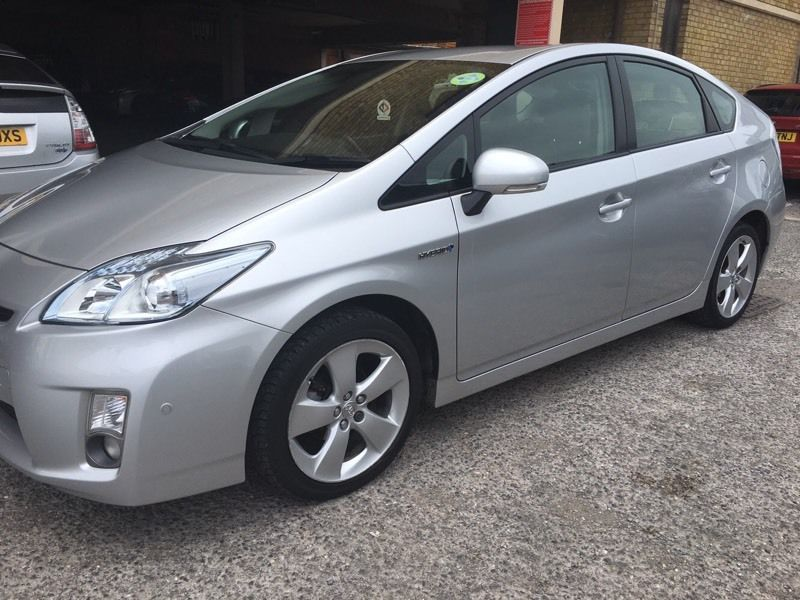 PCO Toyota Prius for rent available