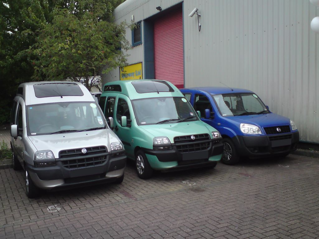 WHEELCHAIR VEHICLE PCO DRIVERS WANTED FOR SCHOOL RUNS IN MITCHAM AND MORDEN AND OTHER AREAS