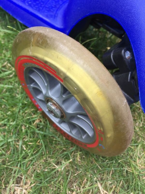 Mini micro scooter - blue very good condition