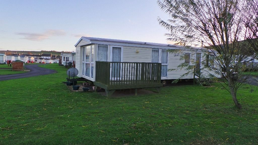Atlas Vila Roma 2000 sited on a lovely panoramic pitch at Blackadder Holiday Park