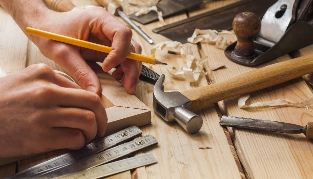 Joiners required for expanding all trades company