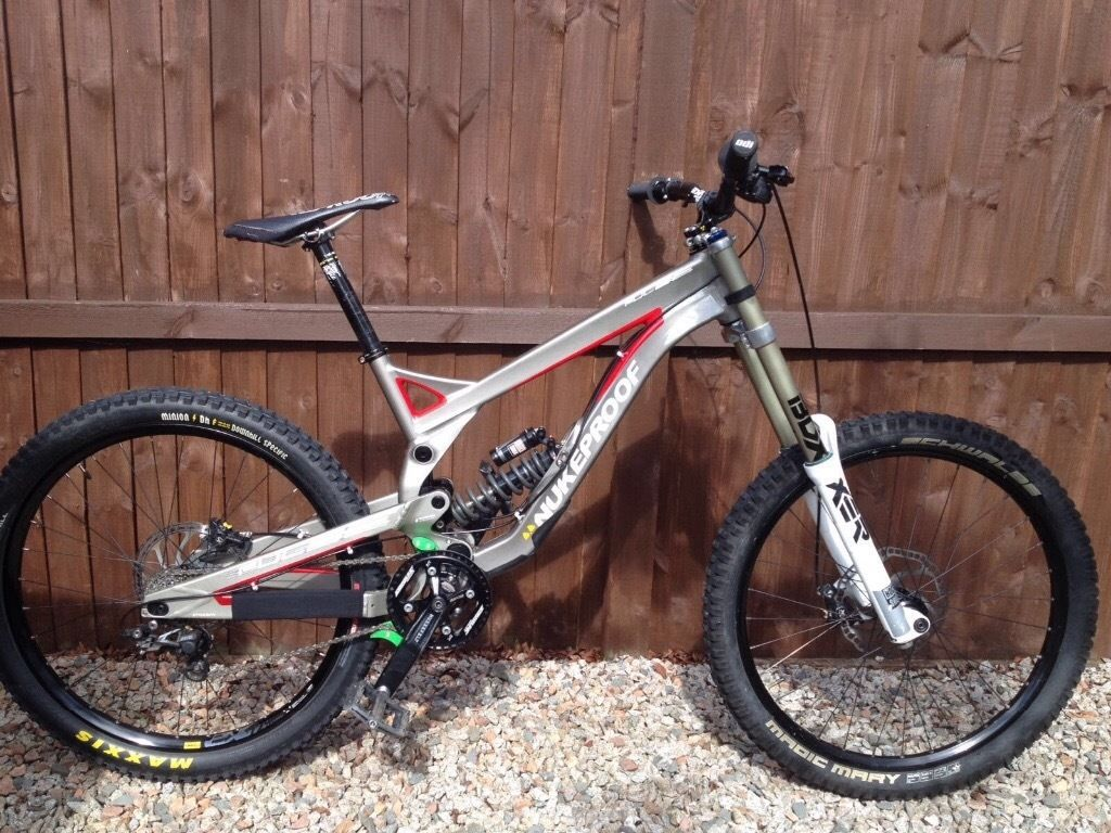 Selling Nukeproof Pulse 2014 downhill mountain bike