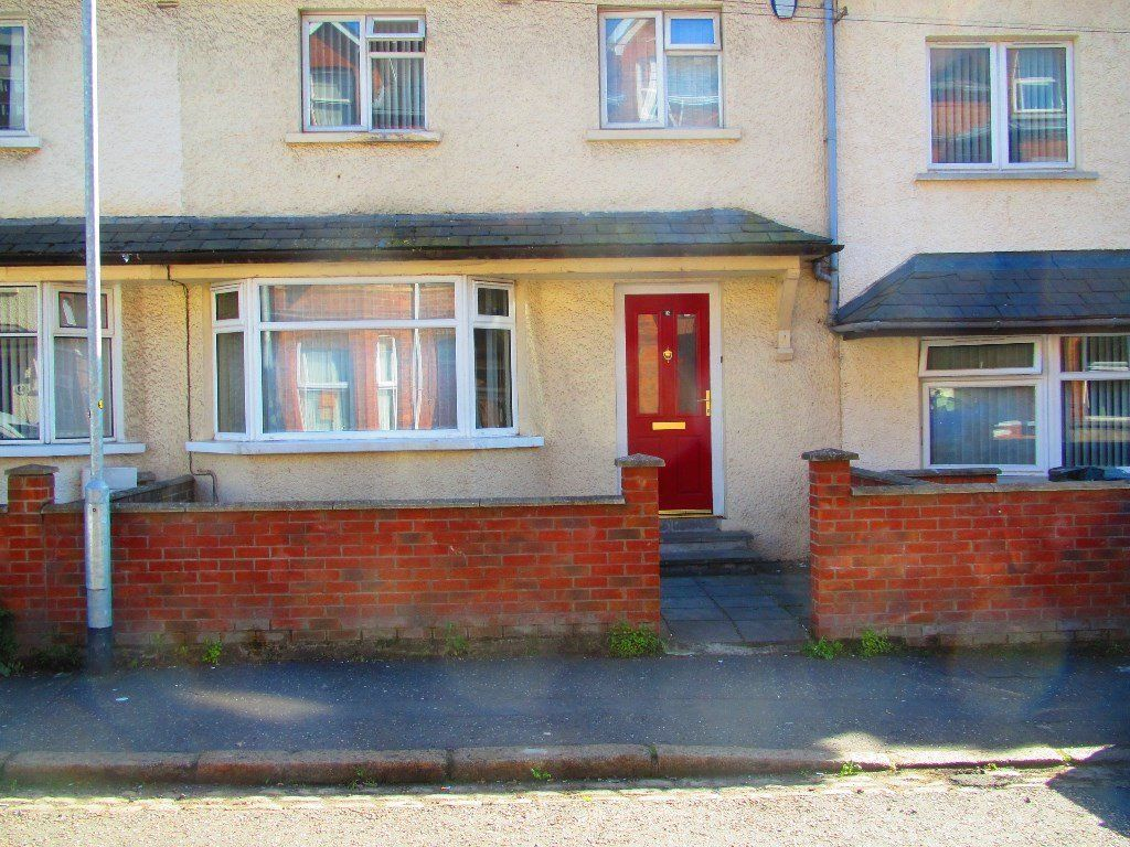 Double room in a very nice house off the Lisburn road