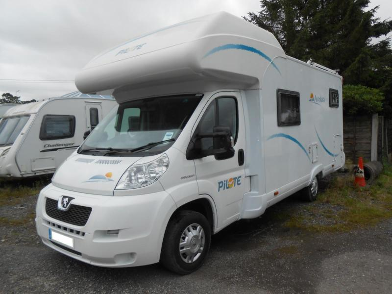 Pilote Aventura A700 6 Berth Motorhome with 4 Belted Seats. Rear Garage.