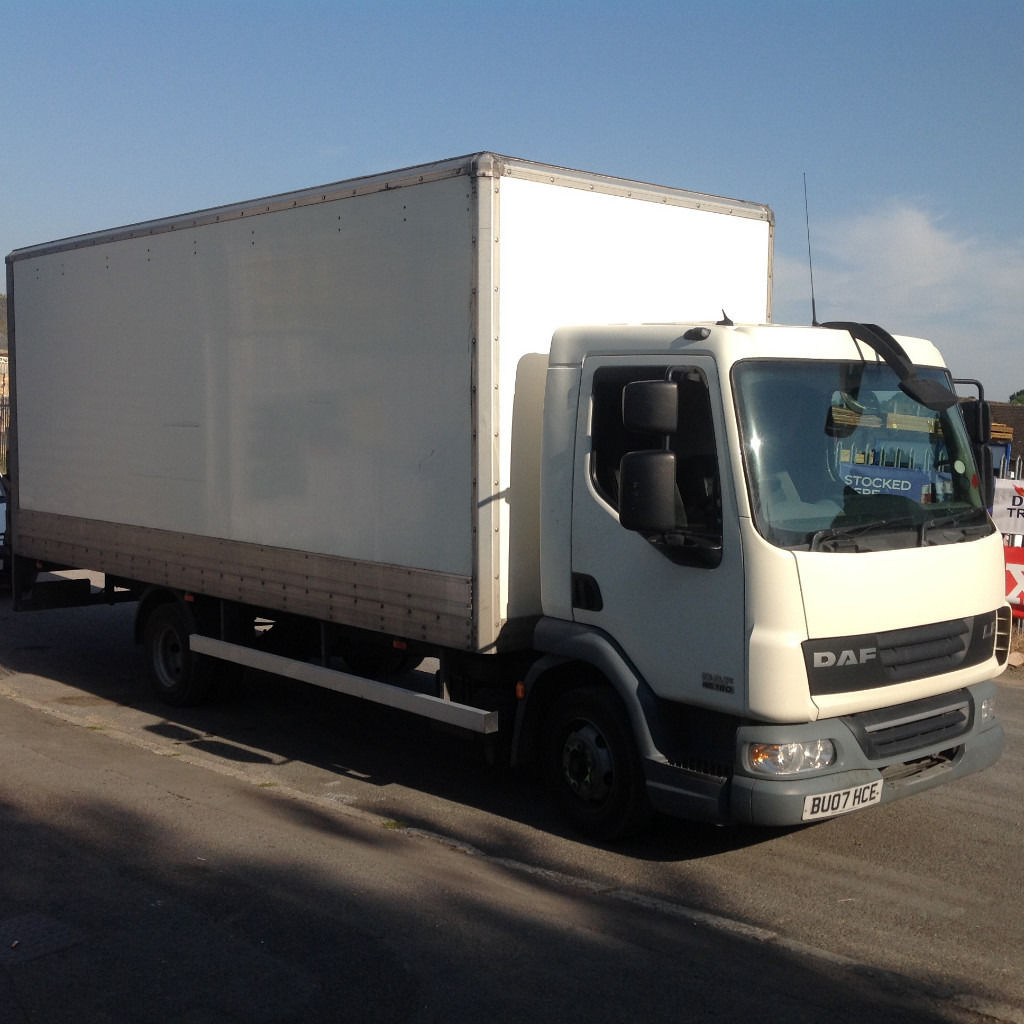 2007 DAF 7.5 ton truck with Tail Lift 4.5 diesel LEZ compliant good driver