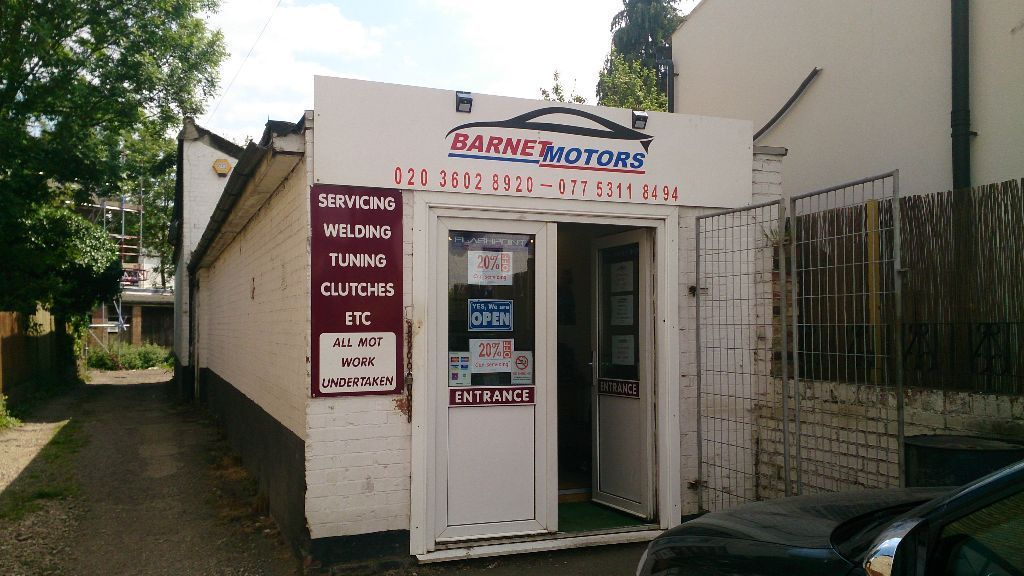 Car mechanic, Garage, Car servicing, MOT, Car repair