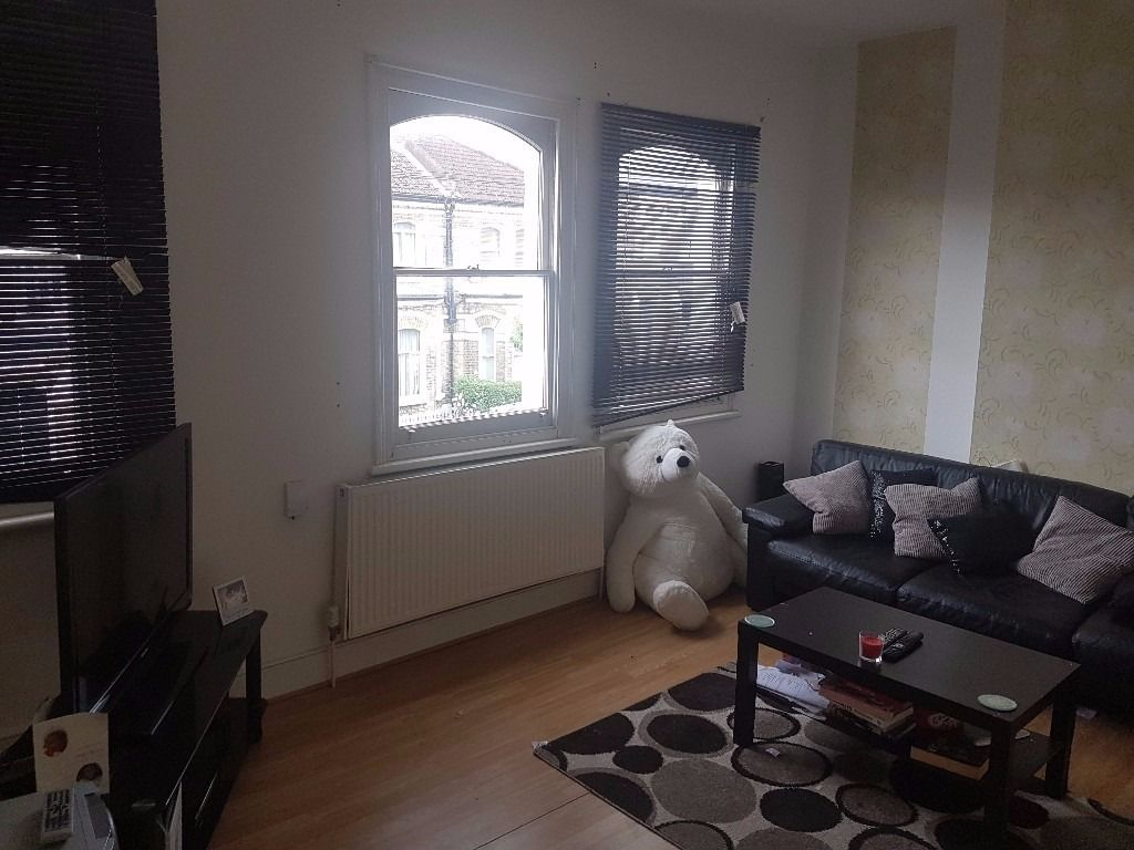 1 bed flat for 2 bed swap HOME SWAP ONLY. All 3 beds welcome as part of multi-swap