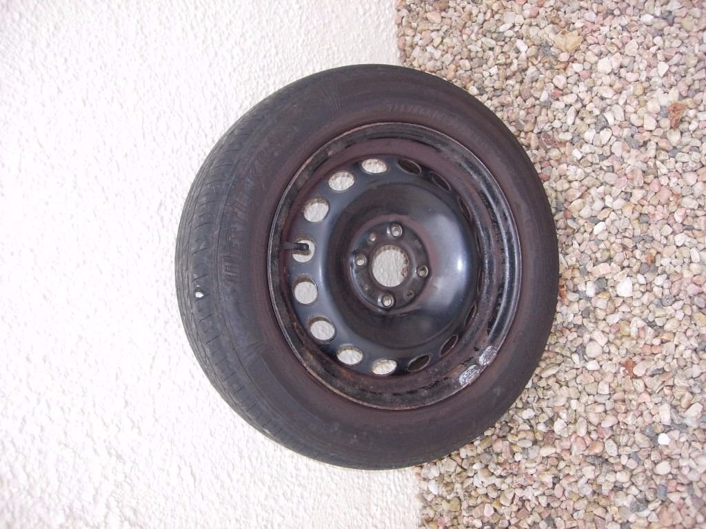 Fiat 500 Popular (12plate) – full size spare wheel with tyre