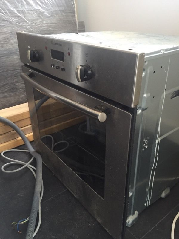 Electrolux single fan oven and grill.