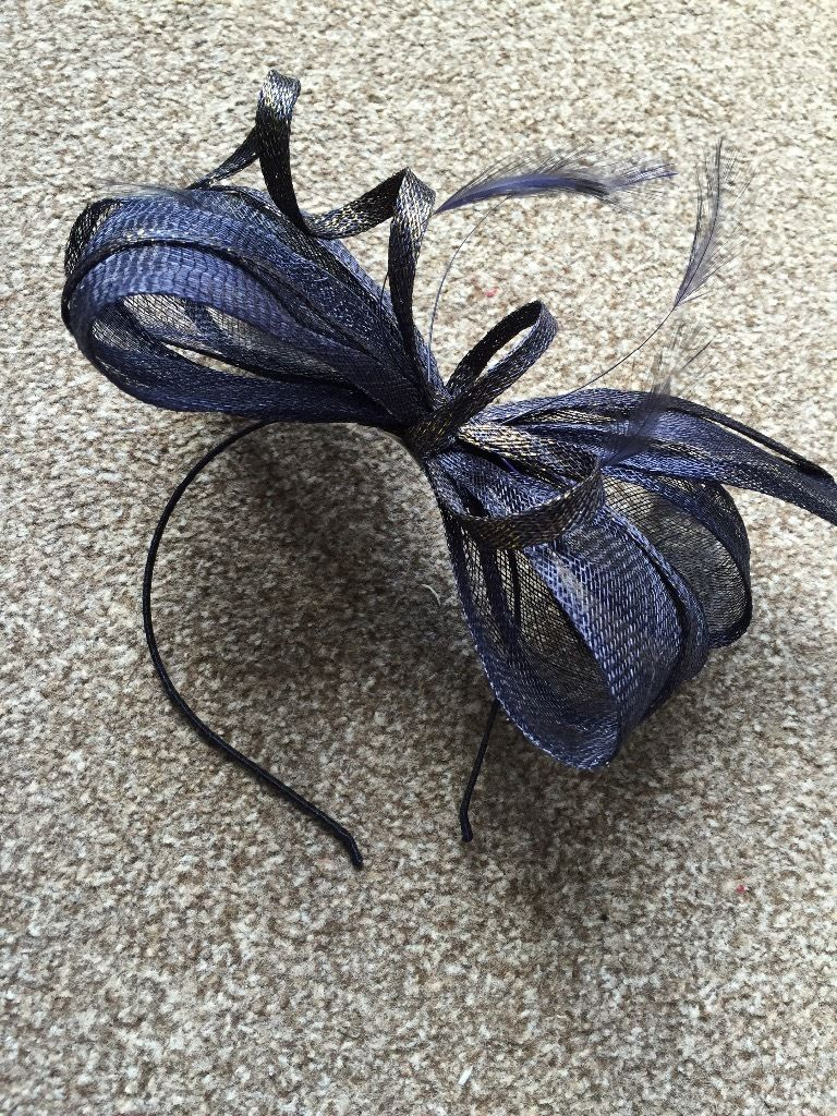 Beautiful new Linea Navy blue fascinator