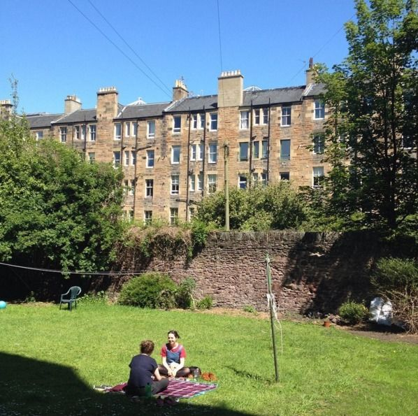 Looking for a new flatmate to join our three bedroom flat in Bruntsfield