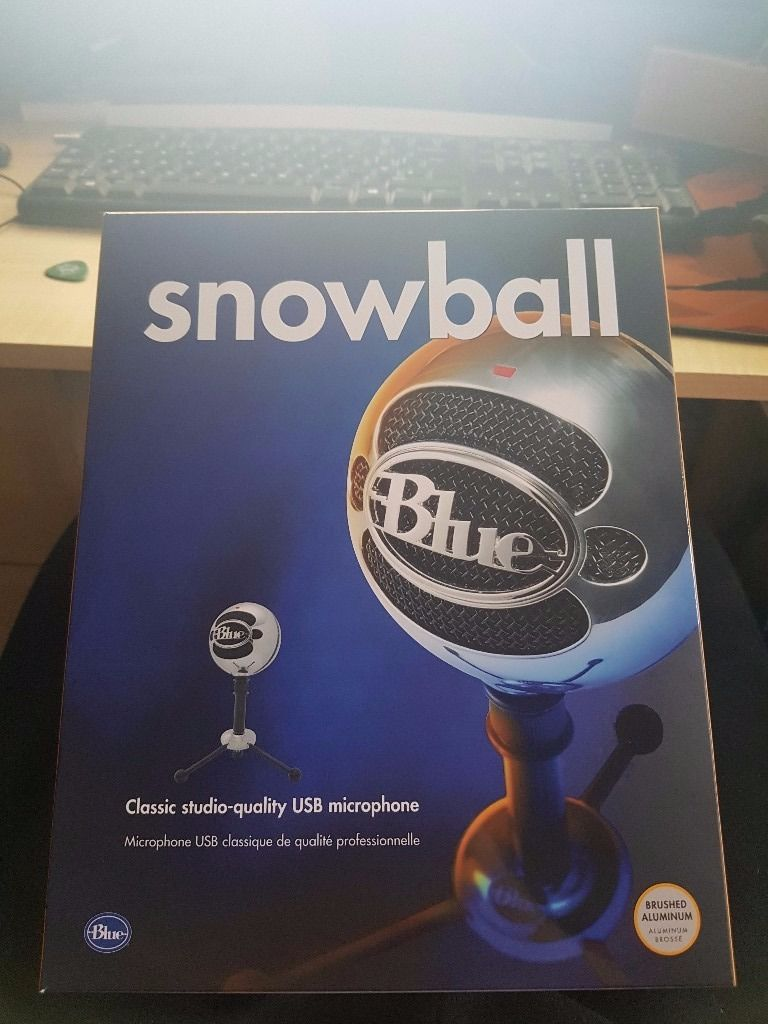 Blue Snowball condenser Microphone like new