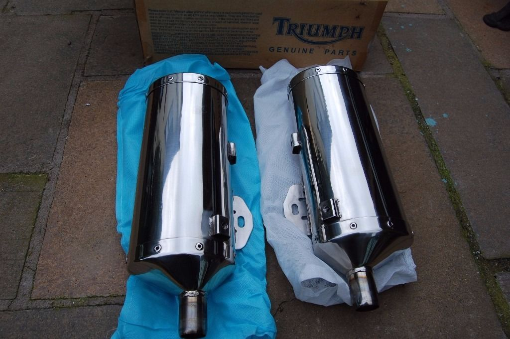 TRIUMPH SPEED TRIPLE 1050 2007 EXHAUST CANS - PAIR