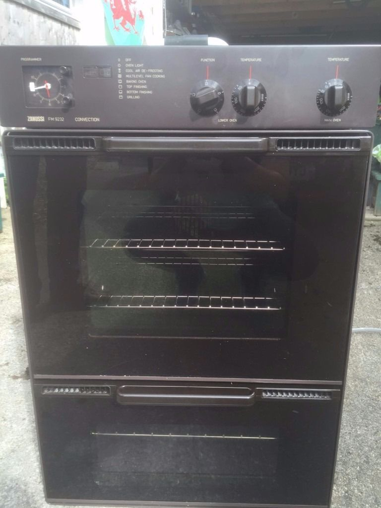 Zanussi double oven built in..As new condition. Top large oven never been used.