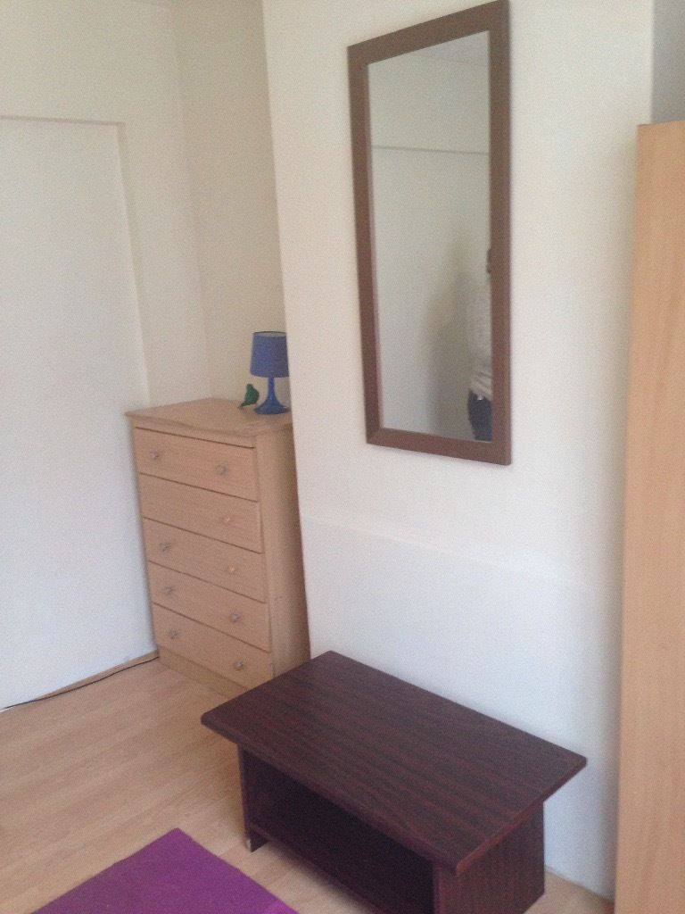 Furnished single room for rent