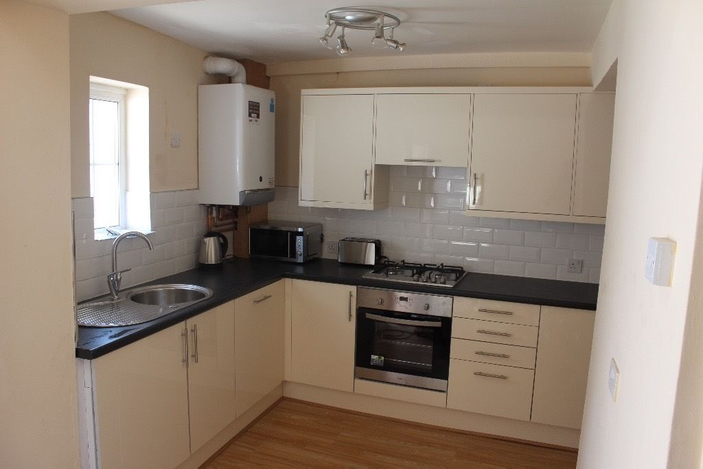 Fantastic double bedroom in very friendly house share in the heart of Redfield