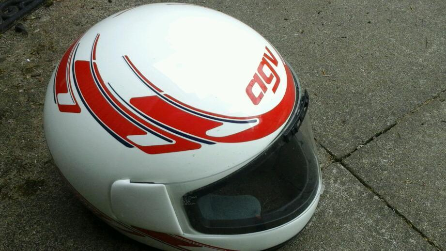 agv them a xl 62 gr bike helmet