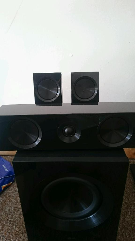5:1 LG Surround Sound and 3D Blu Ray Player