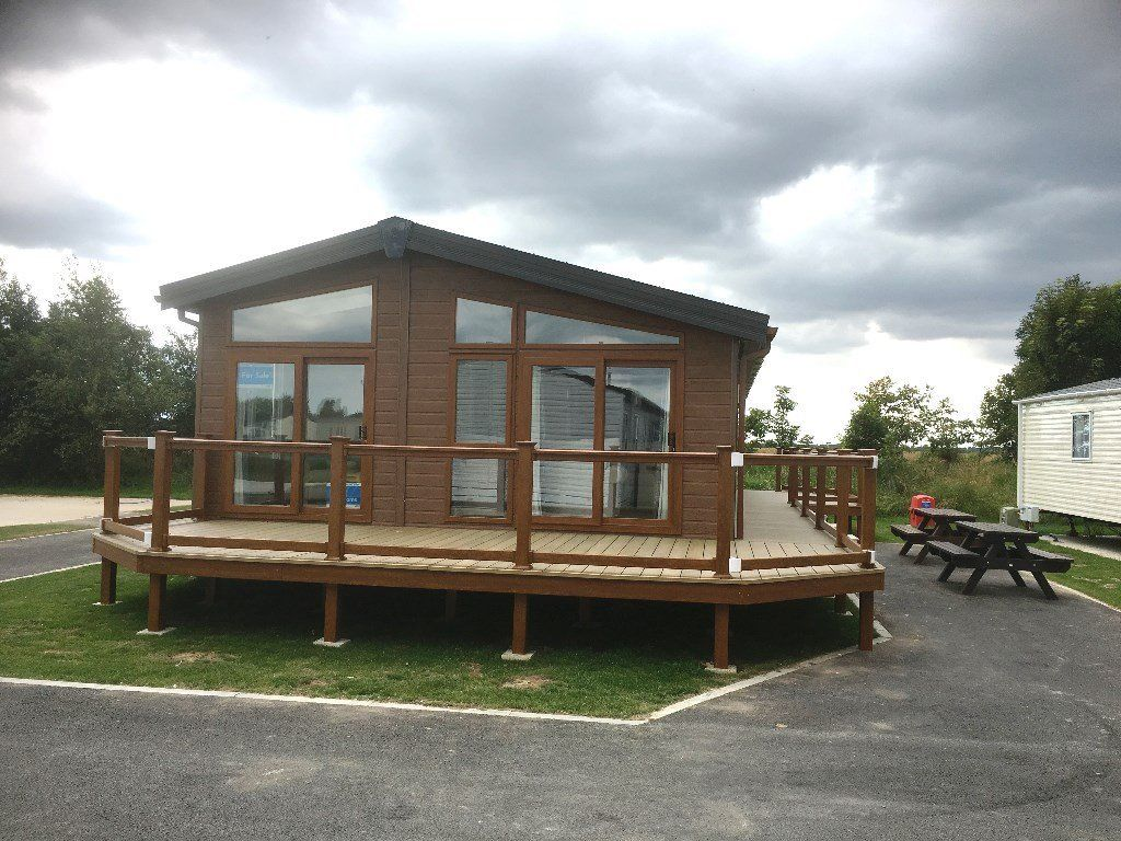 LUXURY LODGE FOR SALE IN SKEGNESS, LINCOLNSHIRE, 5* PET FRIENDLY SEASIDE PARK, fishing & golf site