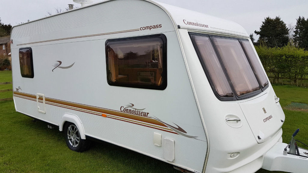 Compass Connoisseur 505 2004 5 Berth Caravan Good Condition
