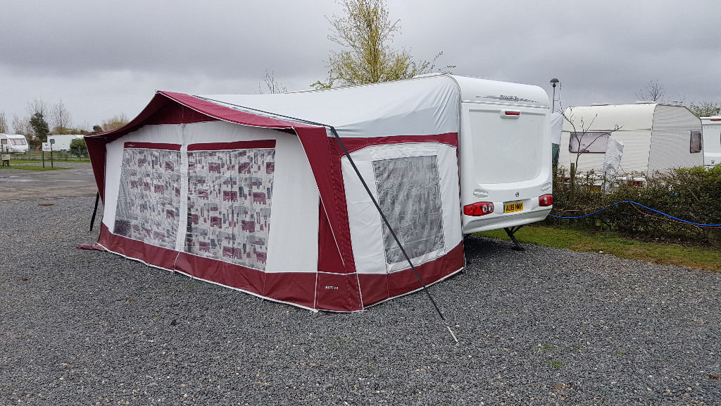 Swift Charisma 550 4 Berth Caravan In Good Condition With Awning