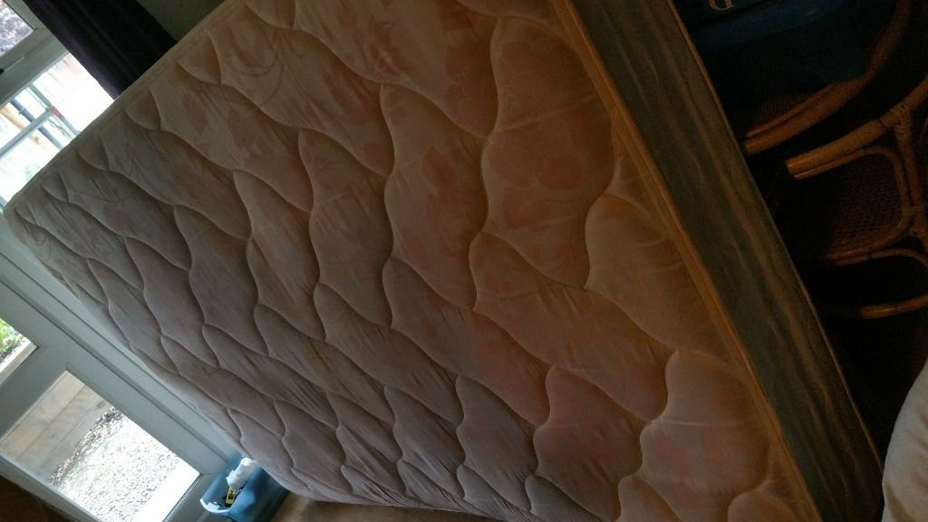 Silentnight Double Divan With 4 Drawers And Mattress, Needs A good Clean
