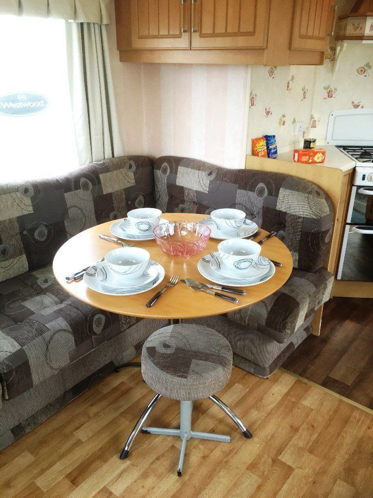 CHEAP STATIC CARAVAN AT SOUTHVIEW LEISURE PARK IN SKEGNESS, EAST COAST SEASIDE TOWN IN LINCOLNSHIRE