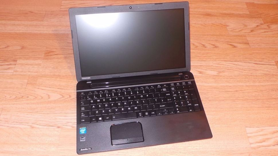 Toshiba SATELLITE C50D , 4gb ram ,160gb hdd clean