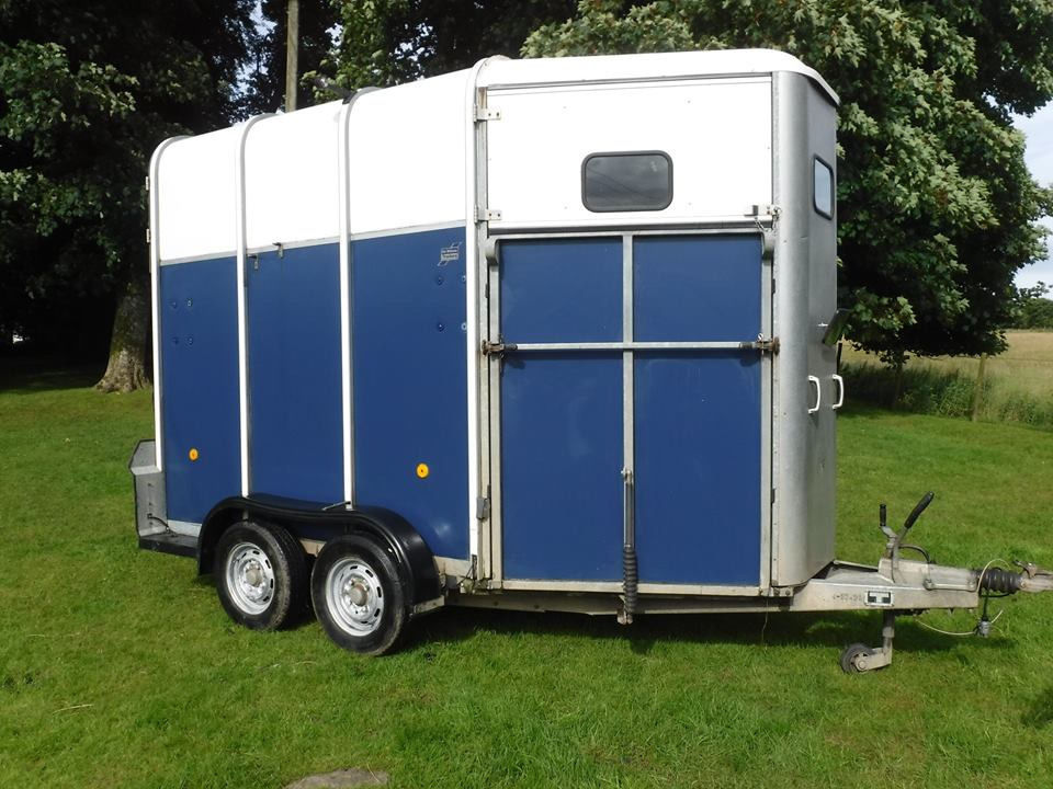 IFOR WILLIAMS HB510 2004 HORSE TRALER MAIN DEALER PX SEE VIDEO