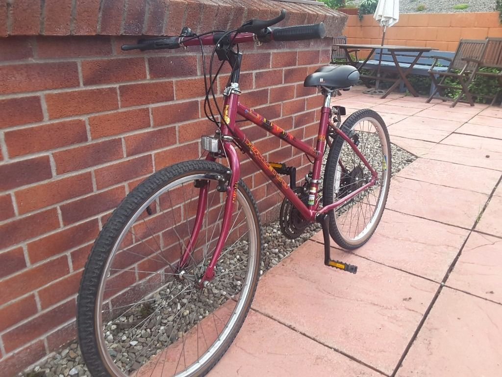 Ladies/Girls bike for Sale.