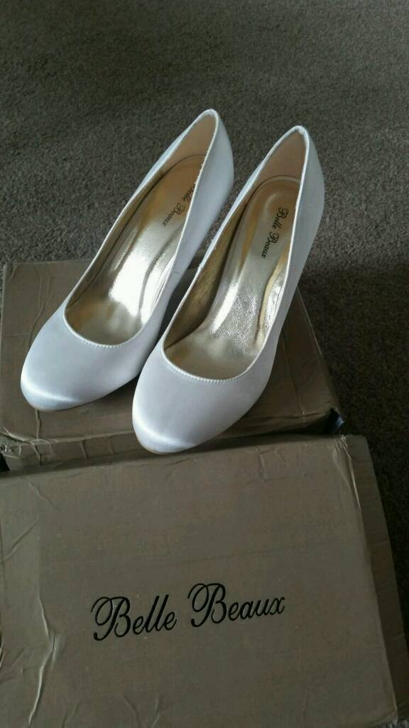 Ivory wedding shoes brand new