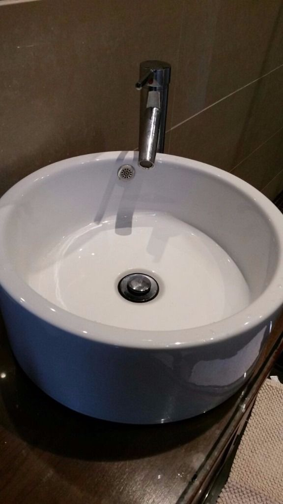 Vanity Sink Brand New Round High Quality Never Been used