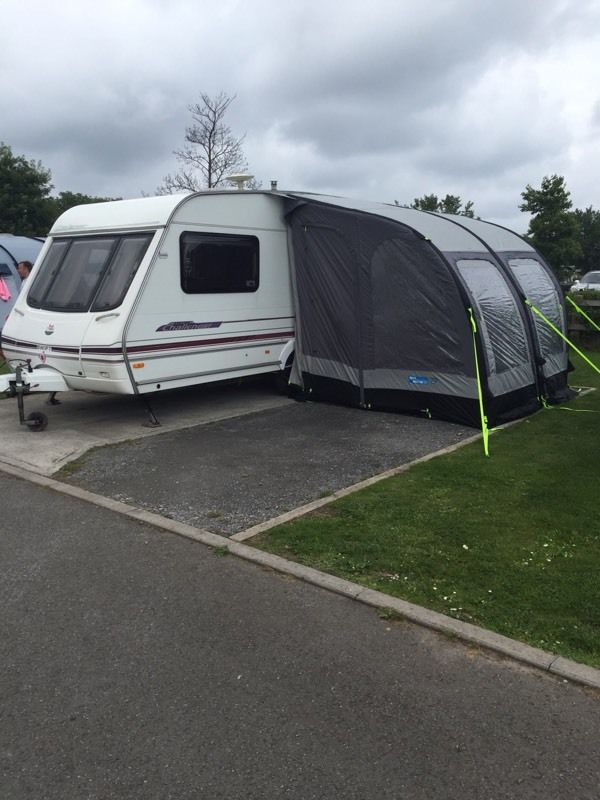 Swift challenger 480 SE 2 berth wth inflatable awning