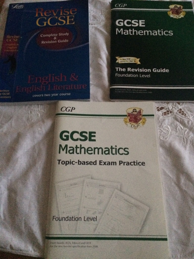 13 School Revison Books for GCSE and below